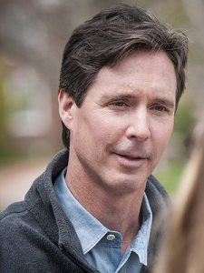 Ken Simpler.jpg.300x400_q85_box-0,11,1736,2323_crop_detail