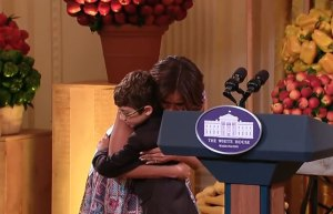 brae-firstlady-hug